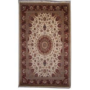 Double Knot Pak Persian Ispahan Design